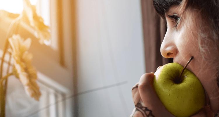 Las ventajas de comer manzanas para tus dientes