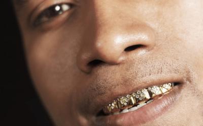 Los peligros de la moda con los adornos bucales