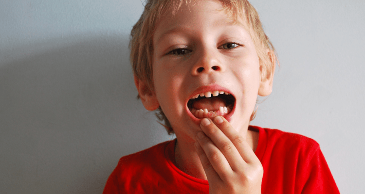 6 cosas que padres y madres deben saber sobre los dientes de leche