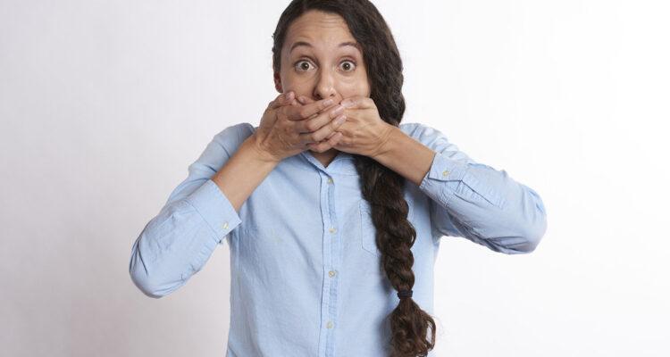 Causas más frecuentes de las llagas en tu boca